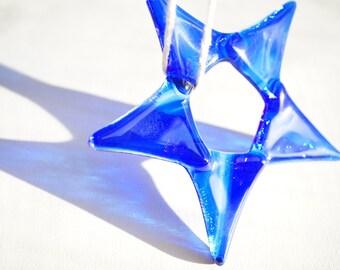 Cobalt blue glass suncatcher, blue star suncatcher, fused glass star, gift under 20, garden ornament, Independence Day decor, July 4th