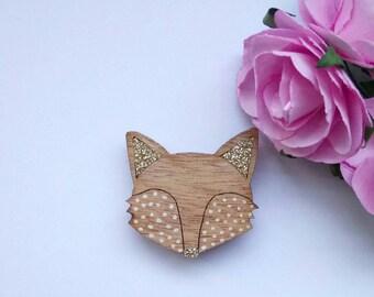 Fox head pin