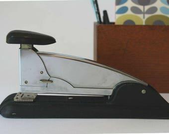 Vintage Speed Products Swingline #4 Chrome and Black Stapler, Industrial Stapler, Vintage Office, Art Deco Design, Swingline Stapler