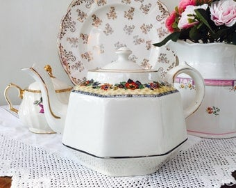 Gorgeous Hexagonal Vintage Gibsons Teapot with Stand