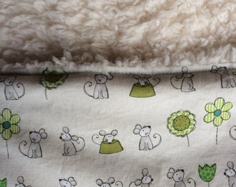 Mice and flowers baby/children's blanket, Baby blanket, Girl blanket, Gift, Baby shower, Cute mice baby blanket, sheep fleece baby blanket,