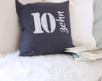 Pillows, linen, sofa cushions, dark blue, pillowcase nightblue linen with printed number, pure linen cushion with hand-printed Zahlenprint