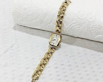 Vintage Pulsar Goldtone Link Fashion Watch