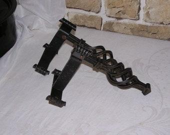 Shabby wrought iron wall hooks, set of 2