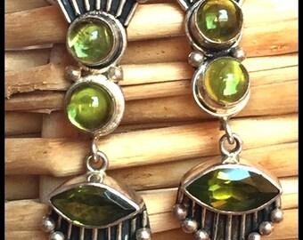 6g Sterling Peridot earrings gorgeous