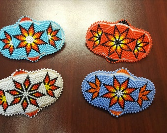 Medallion style mini barrettes