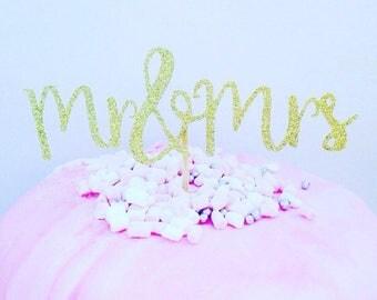 Cake topper, mr and mrs cake topper, glitter cake topper, wedding cake topper, wedding cake decoration, cake decoration, wedding decor