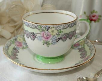 Salisbury, England: Hand painted tea cup and saucer