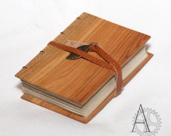 Mini journal with wooden covers. Recycled paper sketchbook. Handcrafted notebook. Unusual gift. Book with pear wood cover.