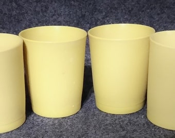 Tupperware Juice Tumblers #1251  6 ounce Capacity  PreOwned  No signs of use