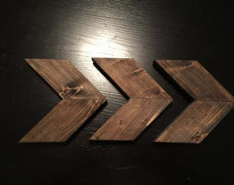 Small Wooden Chevron Arrows (Set of 3)!