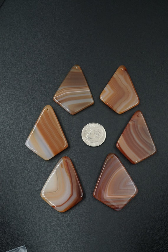 Lot of 6 Kite Shaped Smooth Agate Pendant Stones A-1