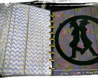 SALE!! FREE SHIPPING!! Rustic country style front and back happy planner cover