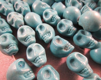 Magnesite Turquoise Skull Beads 27pcs