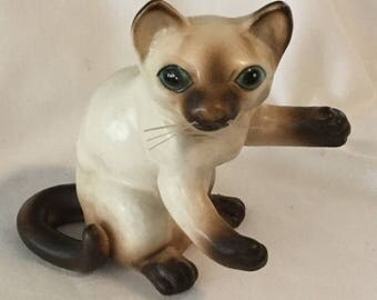 Vintage Lipper and Mann Ceramic Siamese Cat Figurine