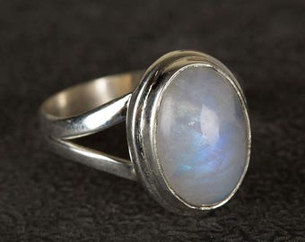 Moonstone Ring , 925 Silver Ring , Healing Ring, Boho Ring, Blue Flash Moonstone Ring, Nepali Ring, Blue fire Moonstone, nickel free ring