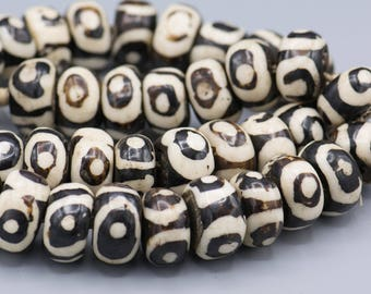 "40 Batik Bone Eye Beads from Kenya 22mm 26"" Strand"