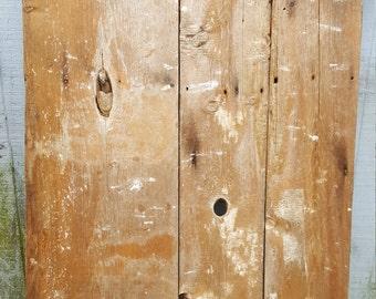 Antique barn door   *Pick Up Only*