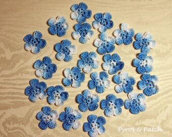 Flowers crochet for decorations - Fiori ad uncinetto per decorare bijoux, biglietti, fermagli e accessori.