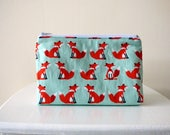 Makeup Bag with Fox Print Cosmetic Bag Fox Zipper Pouch Cosmetic Case Sanitary Pouch Woodland Animal Print Makeup Pouch Travel Pouch