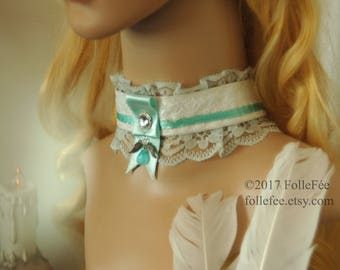 Choker necklace Vintage choker with angel wings Neck corset Antique white lace necklace Gothic Steampunk Lolita necklace