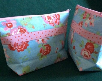 Handmade Cath Kidston Makeup Bag. Cosmetic bag. Red and orange cotton makeup bag. Ready to ship