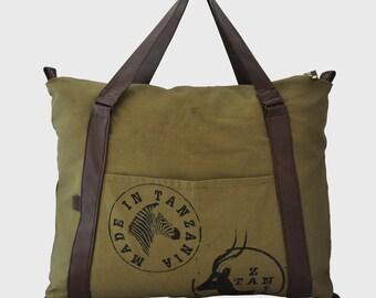 Weekender bag - holdall - canvas tote bag - overnight bag - olive green bag - gym bag- khaki look