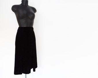 Free Shipping* Black Velvet Midi Skirt, Medium, Evening Wear, 1990s, Vintage Clothing, Velvet, Skirt, Midi Skirt