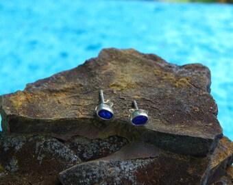 oval Blue opal studs (075)