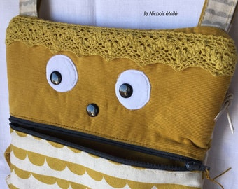 "Cotton and linen mustard bag ""Big Girl"""