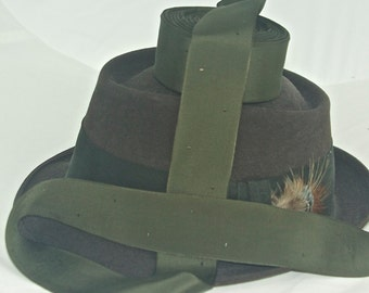 Vintage Hatband Ribbon, Old Stock With Cool Patten