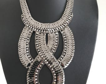 Beautiful large dark silver statement necklace