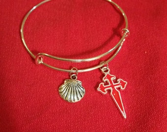 Camino de Santiago Cross and Scallop Shell Charm Bracelet / Christmas / Stocking Stuffer / St James