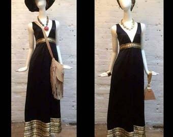 Jean Varon black evening dress with gold silk detail. Vintage size 12