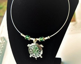 Green Sea Turtle necklace, Ladies Jewelry, Sea Turtle Pendant, Marine Life Jewelry, Silver and Green Jewelry