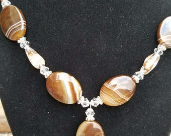 Exquisite Brown Swirl Glass Bead Necklace