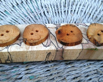 4 wooden buttons, Spalted Beech tree branch buttons