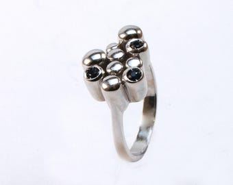Ring Silver 925 with emeralds, rubies or sapphires. JUGGLING collection