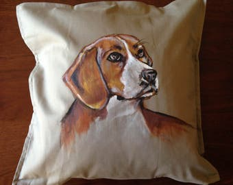 Beagle - hand painted cushion cover beige