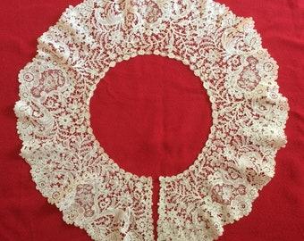 Antique Lace Duchess Brussels & Silk Point de Gaze Lace Bertha Collar Rare 1700s Beauty
