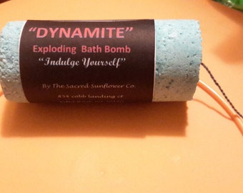 "1 ""DYNAMITE"" Bath bomb"