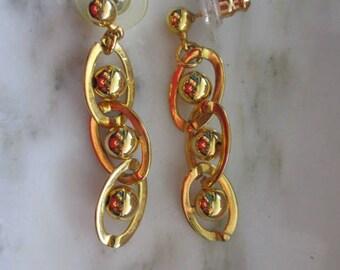 Vintage Gold Tone Dangle Pierced Earrings