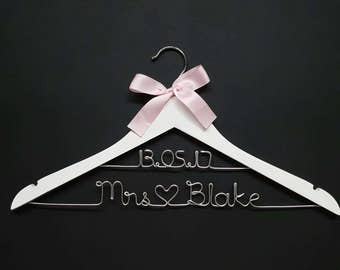 Personalized bridal hanger - 2 lines - bridal shower gift, wedding gift