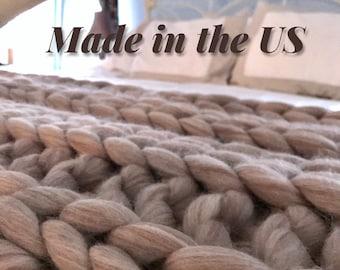 Chunky knit blanket, Chunky knit Yarn, arm knit Yarn, Multicolored Chunky Yarn, Chunky Knit, Chunky Wool Yarn, Bulky Yarn, Jumbo Yarn,