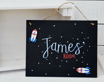 Boys bedroom door sign, rocket and stars hanging personalised name chalkboard, nursery and bedroom decor, red and blue, space, astronaut