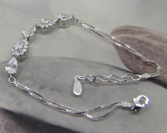 Bracelet fine silver decorated with Zirconium Oxide