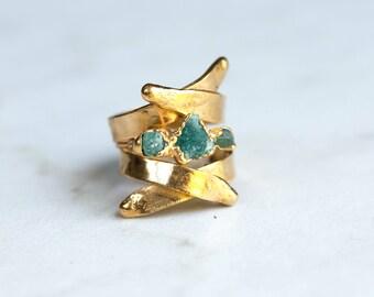 Unique Emerald Ring, Triple Stone Ring, Stacking Ring, Raw Crystal Ring, May Birthstone Ring, Boho Ring, Gold Ring, Gemstone Ring