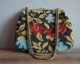 Vintage 60s Floral Embroidered Clasp Chain Strap Handbag