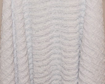 White Crinkly Synthetic Fabric