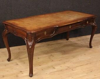 Italian writing desk in walnut in Louis XV style